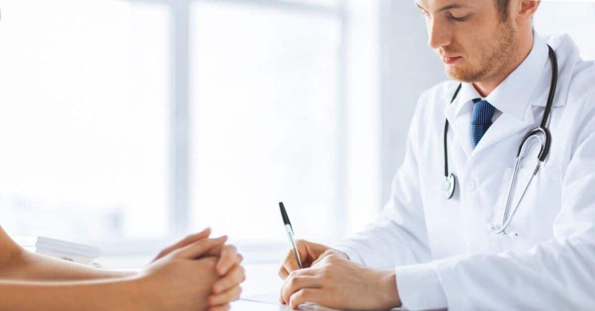 intrebari implanturi mamare